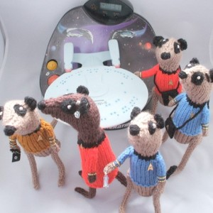 http://technabob.com/blog/2009/06/14/knit-star-trek-meerkats/